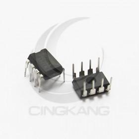 AT24C08A (DIP-8) 儲存IC(5入)