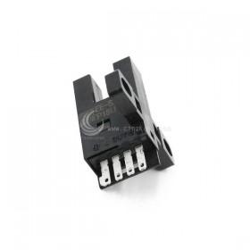 OMRON EE-SX672 光遮斷器