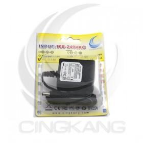 穩壓器 3.3V1A UL 正插 接頭5.5*2.1(SW06-33U)