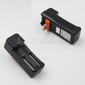 雙槽萬用充電器JG-1865C (適用平頭)